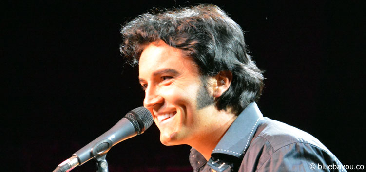 Ben Portsmouth with his excessively charismatic smile during his Elvis Week concert in 2015 in Memphis.