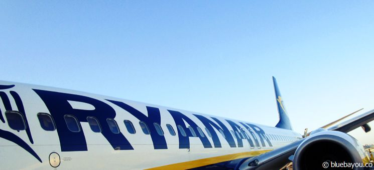 Travel Europe the cheap way: fly with Ryanair.