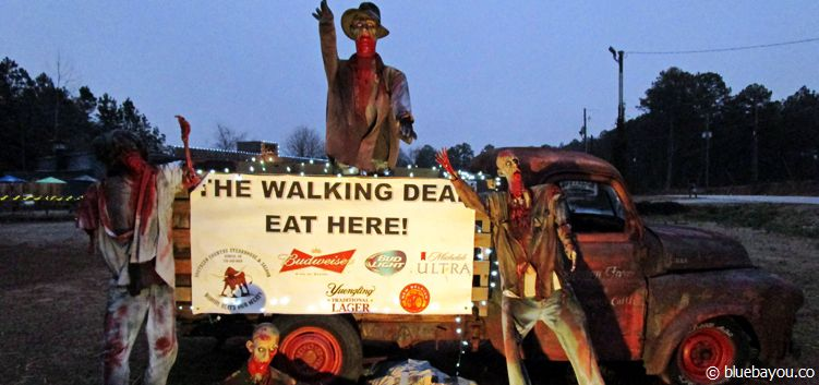 A zombie-like advert for a restaurant at the street of Senoia, Georgia, where the film studios of The Walking Dead are located.